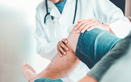 Managing Symptoms After Knee Replacement